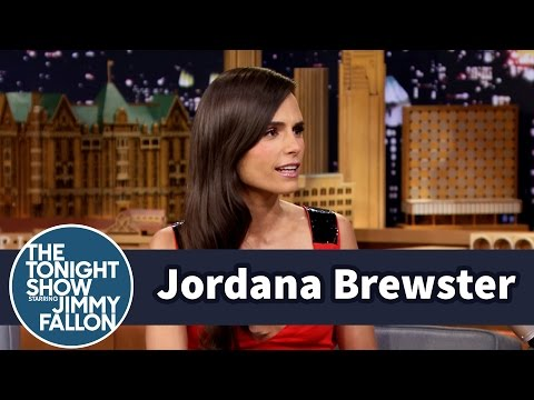 Jordana Brewster Makes a Funny Face