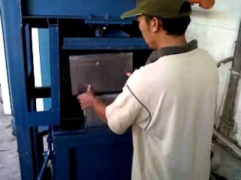 mesin press kaleng.3GP
