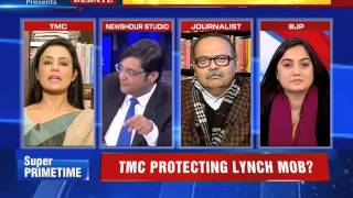 TMC Politician Showing Middle finger to Arnab in frustration