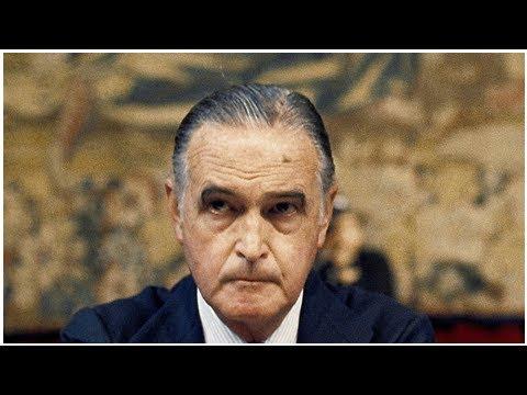 Muere el exgobernador del Banco de España José María López de Letona