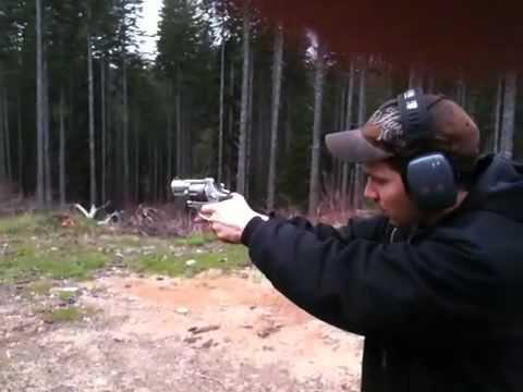 Taurus M445 44 Special .44 SPL Revolver Ultra Lite Review NOT Magnum