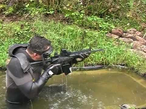 H&K 416 ASSULT RIFLE vs COLT M4A1