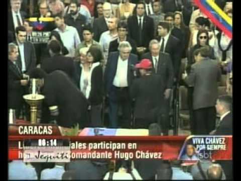 Corpo de Hugo Chavez vai ser embalsamado e ficará em museu