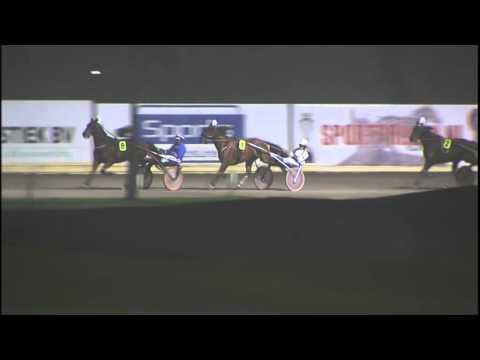 Vidéo de la course PMU CHAMPIONNAT DES TROTTEURS FRANCAIS (EPREUVE DE CONSOLATION)