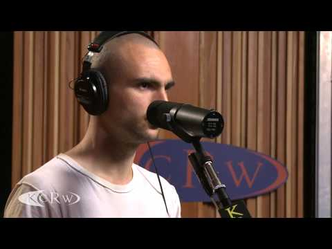 Majical Cloudz - Turns Turns Turns (Live @ KCRW, 2013)