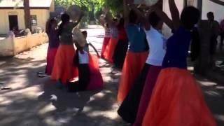 Cuyunon dance, Palawan