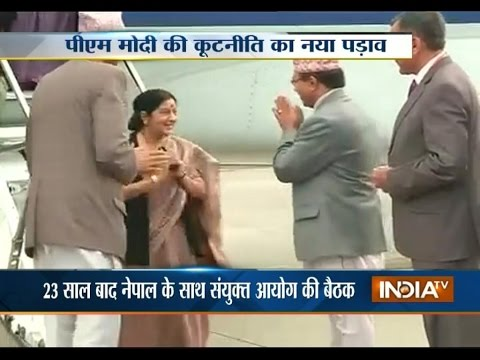 Sushma Swaraj meets Nepalese counterpart, discusses a range of issues