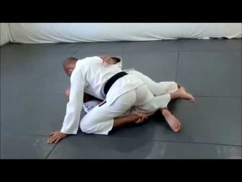 Roberto 'Gordo' Correa Teaches the Old School Half Guard Sweep Image 1