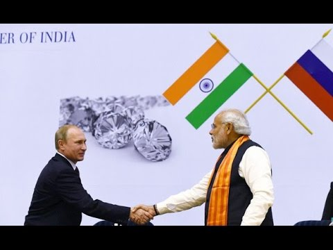 Narendra Modi with Vladimir Putin at World Diamond Conference
