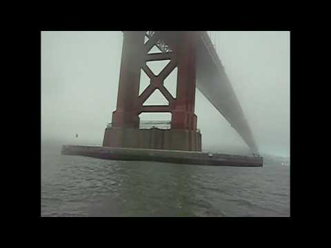 Kitesurfing in the fog under Golden Gate Bridge by Loscocco.com, Ocean Rodeo.com, WindyDevil.com Video