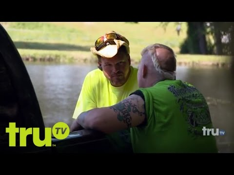 Lizard Lick Towing - The Making Of A Movie Star