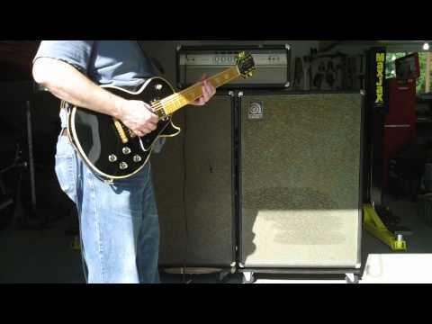 Ampeg V4 with two V2 bottoms demo