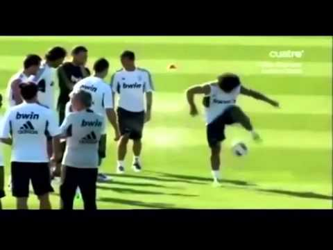 Marcello makes fun of Ronaldo and Ozil one movement.mp4