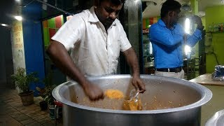 Indian Muslim chicken dum biryani/Ambur Hot dum biryani/Indian street food