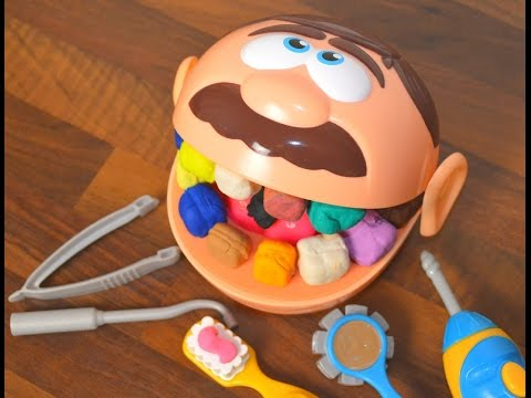Зубастик спешит к СТОМАТОЛОГУ!! Лечим зубки мистеру Зубастику! Play Doh Dr  Drill and Fill