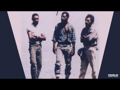 PNG Oldies: Kales Gadagads - Long Solid Days