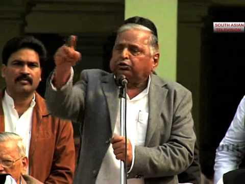 Funniest speech: Mulayam tells partymen to stop 'Goondagardi'