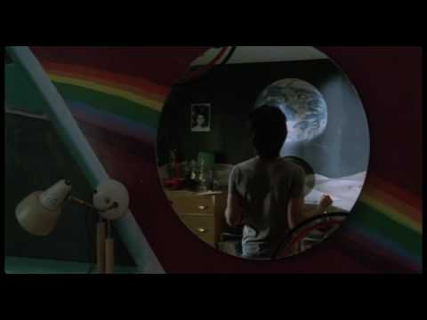 Space Oddity, extrait de C.R.A.Z.Y. (2005)