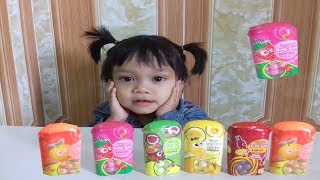 Baby Learn Color with Candy Gum Lotte , Baby learn English - Singer Family Song !