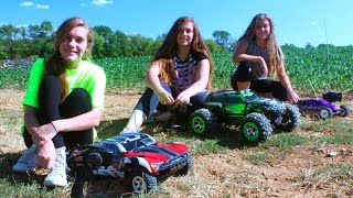 3 Girls = Traxxas RC Carnage 2