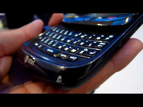 BlackBerry Torch 9800 Hands-on