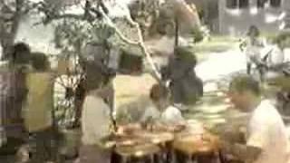 Watch Carlos Vives Caballito video