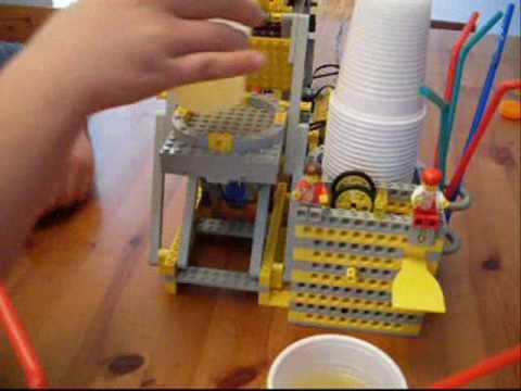 ALDINO (Automatic LEGO Liquid Dispenser)