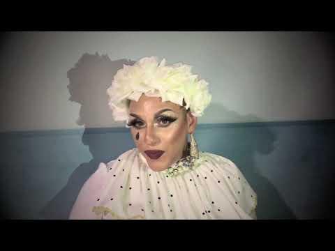 Un ESERCITO di DRAG QUEEN - PARODIA Esercito del Selfie a cura del Drag Queen Sisters Show