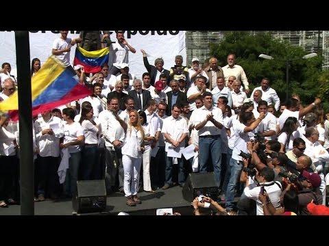 Venezuela opposition demands leader Leopoldo Lopez be freed