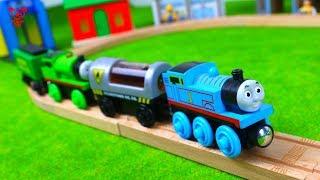 Houten treinen Thomas vindt speelgoedtreinen voor kinderen
