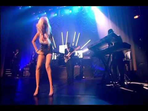 Download Lagu Beautiful- Christina Aguilera.mp3