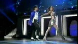Michael Jackson (feat Britney Spears): The Way You Make Me Feel (Live New York 2001). (2/2)