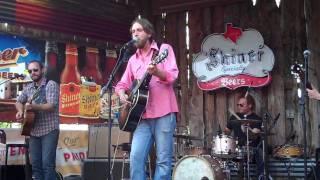 Watch Hayes Carll Little Rock video