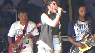 "Via Vallen ""DIA by Anji"" Om Sera Perform di Seruling Mas Banjarnegara"