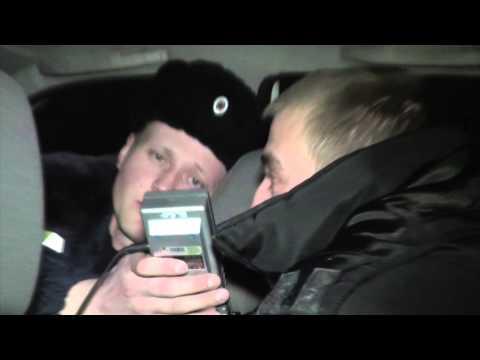 Пьяный таксист на Рено. Место происшествия 24.02.2015