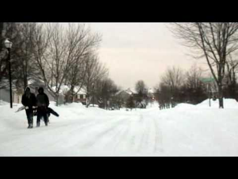 Blizzard in Bowie Maryland, Feb 6 2010. Over 25 inches. Take a trip through the Collington Station community. The snow is beautiful ... the shoveling is no f...