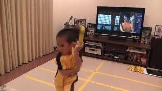 Ryusei perfom Bruce Lee's Game Of Death Nunchaku scene (complete version)