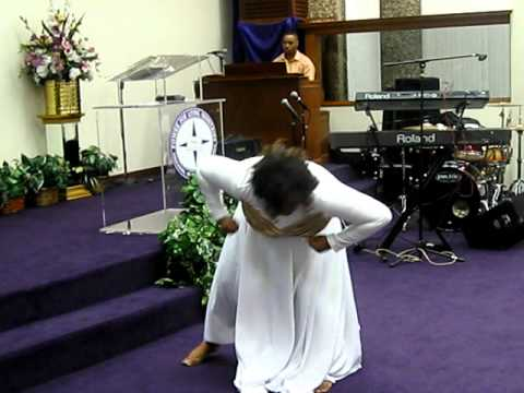 Minister in praise dancing beautiful feet song by Donald Lawrence...