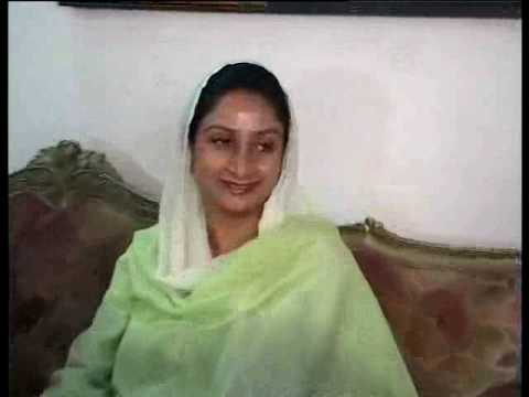 Prakash Singh Badal's daughter in law, Akali Dal's candidate from Bhatinda, talks to Star News