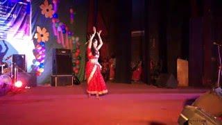 Lal Paharer deshe jaa- Pahari Dance