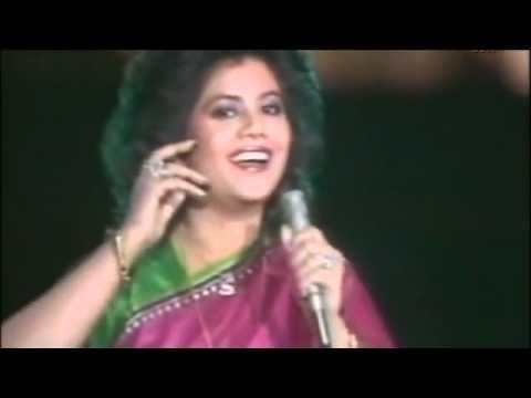 Runa Laila - Mera Babu Chail Chabila - Live on Pakistan Television...