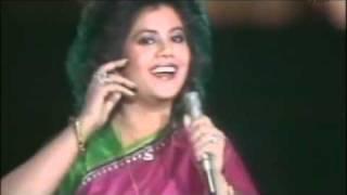 Runa Laila - Mera Babu Chail Chabila - Live on Pakistan Television ( Ptv ).flv