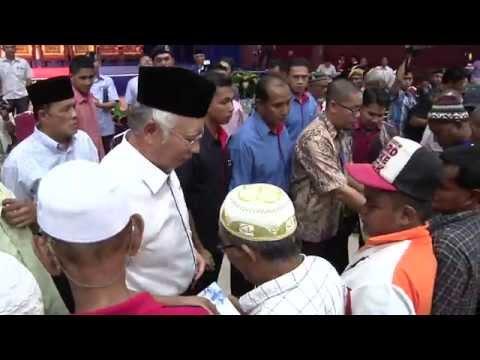 Najib Razak : Majlis Penyampaian Sumbangan Zakat Parlimen Pekan 2014