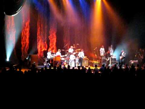 The Decemberists with Peter Buck - Begin The Begin