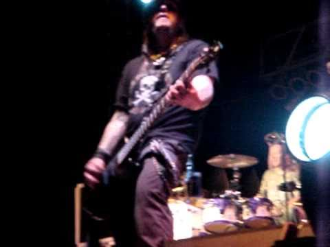 Bret Micheals 9-30-10 Donna TX Pt 4 EVERY ROSE & FALLEN ANGEL