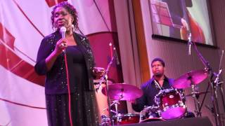 Sharon Clark & Chris Grasso Trio, США