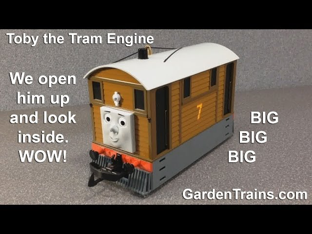 Toby the Tram Engine - UnBoxing - Thomas and Friends - Garden Trains - Large Scale Bachmann Trains