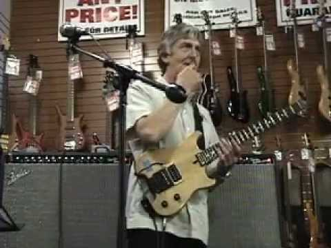 Allan Holdsworth - Sam Ash Music 2005 Clinic Part Two
