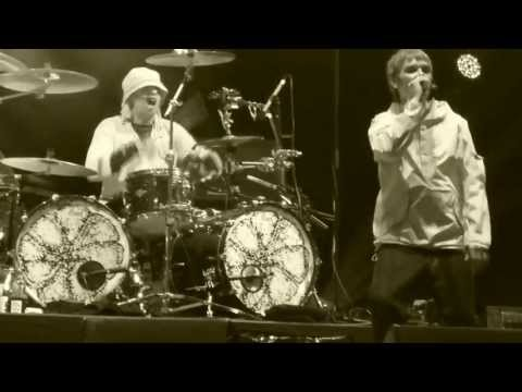 The Stone Roses - I Am The Resurrection - Fantastic Footage - Glasgow Green 15th June 2013 video