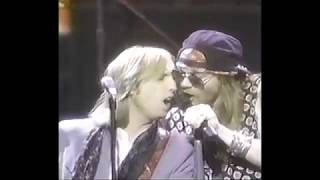 download lagu Axl Rose & Tom Petty   Free Fallin' gratis